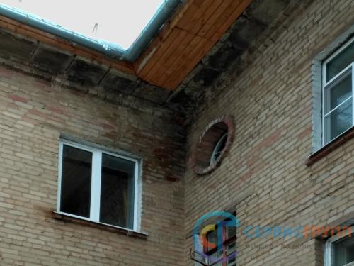 Затопление квартиры по причине ветхости крыши